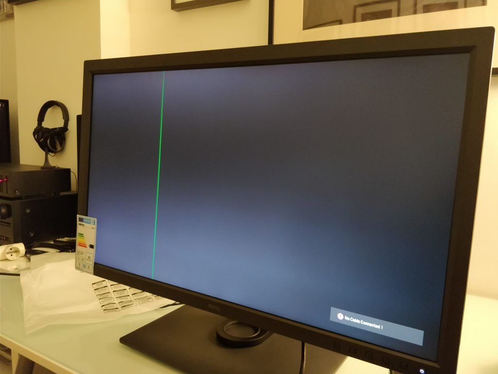 Primer Monitor BenQ Sw320 Que me vino Malo.